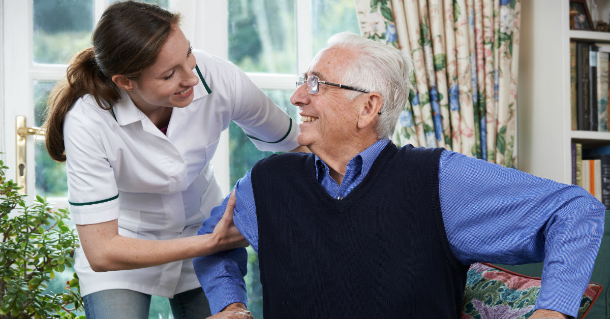 Pros & Cons: In-Home Care Vs. Assisted Living