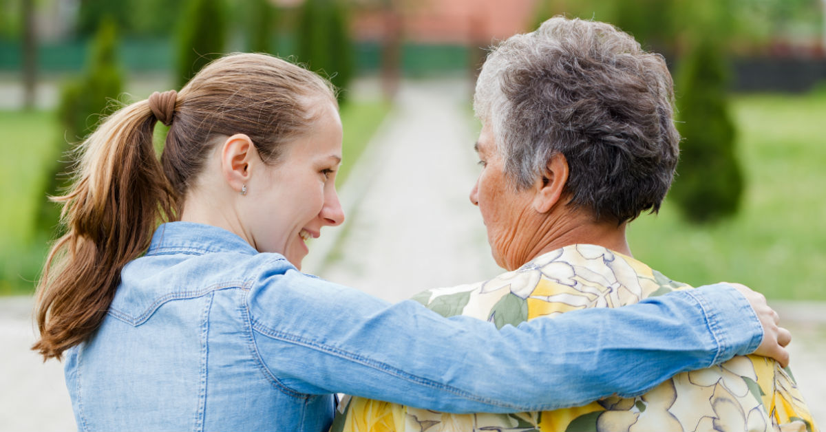 Ways to Stay Close To Your Loved Ones in an Assisted Living Facility